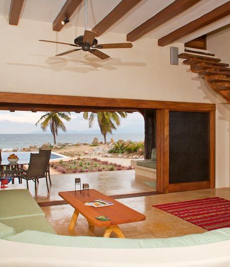 Casa Paz Beachfront Vacation Rental